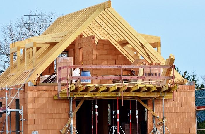 Šalovanie venca pri stavaní domu
